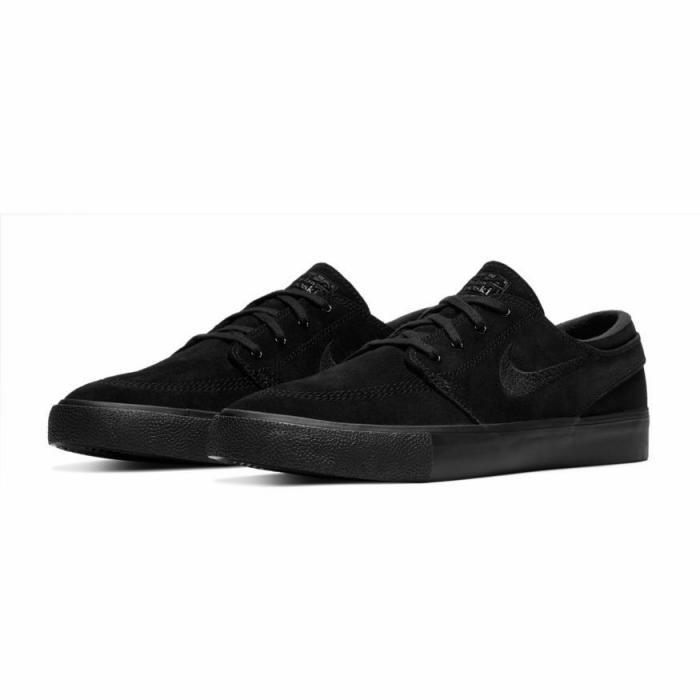 Boty Nike SB ZOOM JANOSKI RM black/black-black-black